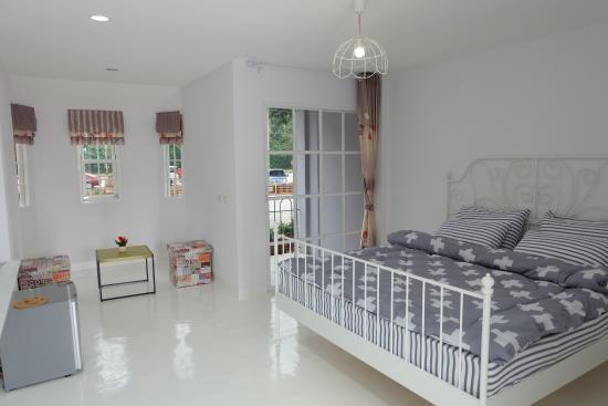 Na Baan Mae Resort
