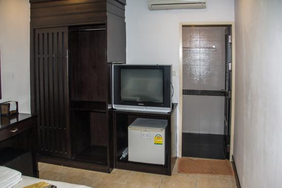 Patong Bay Guesthouse : standard double room