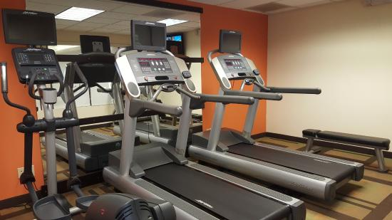 Dalton, GA: Fitness center small but I only use cardio machines so it was perfect for that.