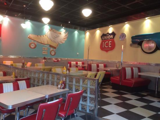Diner side of the restaurant kuva ristorante bella roma for Ristorante elle roma