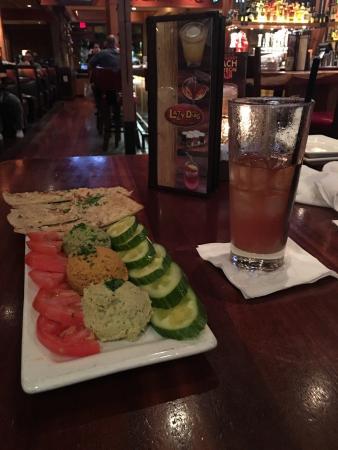 Lazy Dog Restaurant & Bar: photo0.jpg