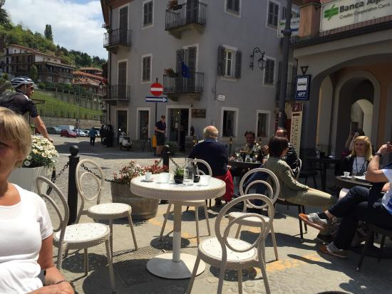 Province of Cuneo, อิตาลี: Uteserveringen