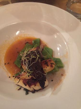Salumeria : encornet champignons haricots plat jus de veau