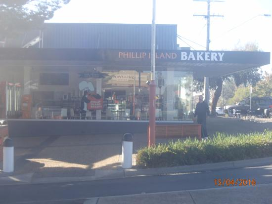Phillip Island Bakery Cowes PI