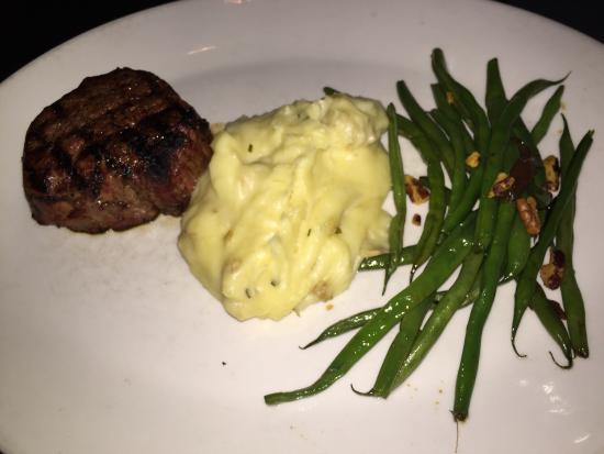 J. Gilbert's Wood-Fired Steaks and Seafood: photo0.jpg