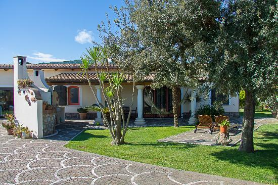 La Cesa Holiday House