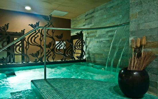 Seta Spa and Wellness
