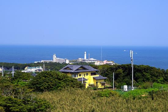 Chikyu no Marukumieru Oka Observatory Paviliion