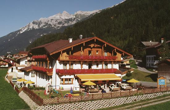 Photo of Hotel Brunnenhof Neustift im Stubaital