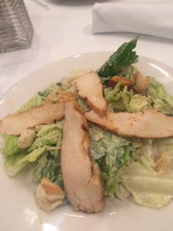Ocean One Bar & Grille: chicken caesar salad