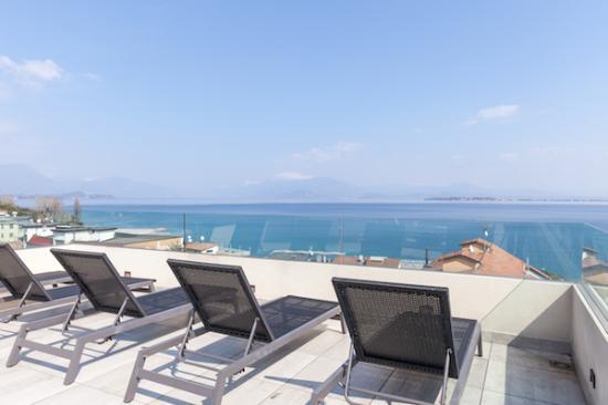 TERRACE - Picture of Hotel Bonotto, Desenzano Del Garda - TripAdvisor