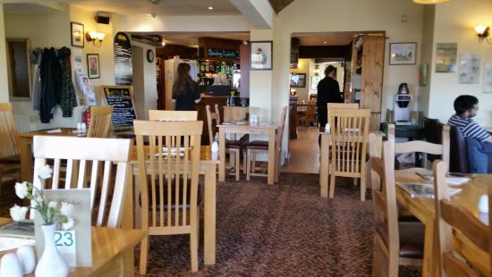 Hassocks, UK: Restaurant and bar area.