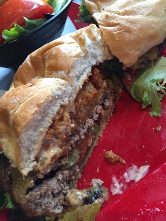 Silverdale, WA: My burger cut after I got it.