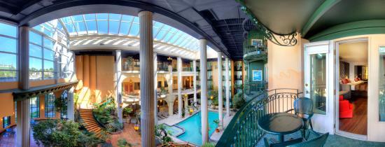 Hotel Plaza Quebec: Cour intérieure