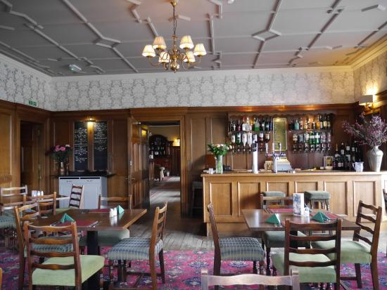 Mabie House Hotel- Bar & Restaurant: Lounge bar at Mabie House Hotel