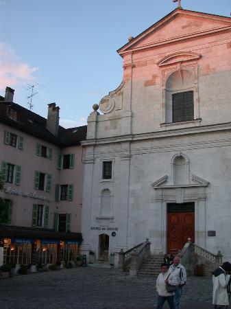 Hotel de savoie annecy france voir les tarifs 65 avis et 93 photos - Chambre des commerces annecy ...