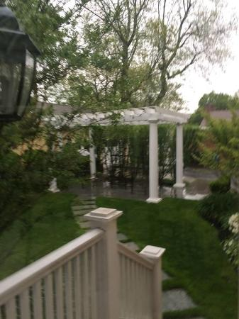 Inn at 202 Dover: Gazebo
