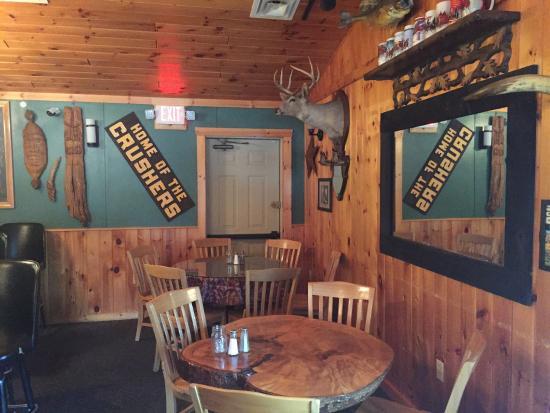 Warren, PA: Ribs n Bones Restaurant