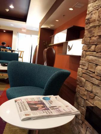 Fairfield Inn & Suites Mt. Laurel: Lobby