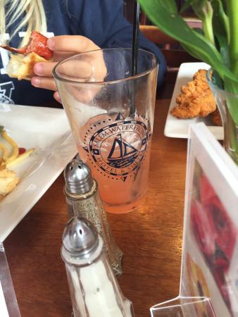 Regatta Pub at Salem Waterfront Hotel: photo2.jpg