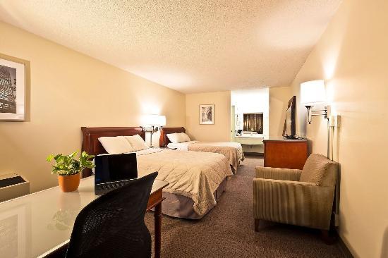 South Beloit, Ιλινόις: Standard Double Poolside Room