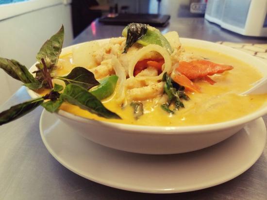 Kremmling, CO: Thai Panang Curry & Shrimp Fried Rice