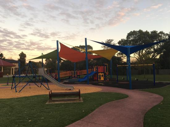 Ormond, Australia: Another great suburban park hidden away