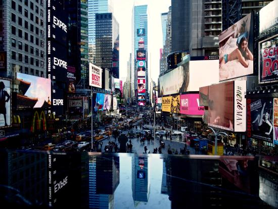 looking out over times square from the r lounge picture. Black Bedroom Furniture Sets. Home Design Ideas