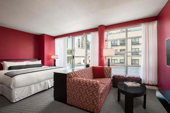 Opus Hotel: Balcony Studio