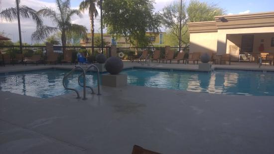 Hampton Inn & Suites Phoenix Glendale - Westgate Photo