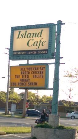 Island Lake Cafe