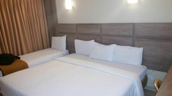 Hotel das Americas: IMG-20160424-WA0004_large.jpg