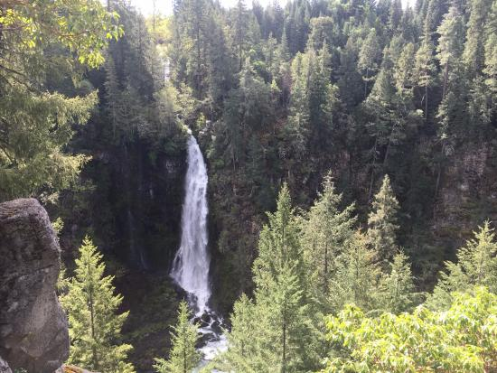Prospect, OR: Barr Creek Falls into the Rogue River