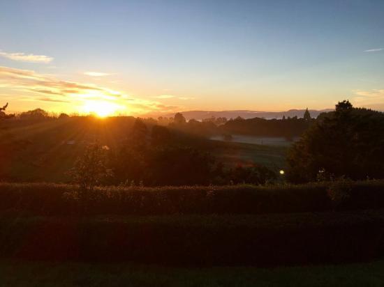 Doolan's Country Retreat: Beautiful sunrise!