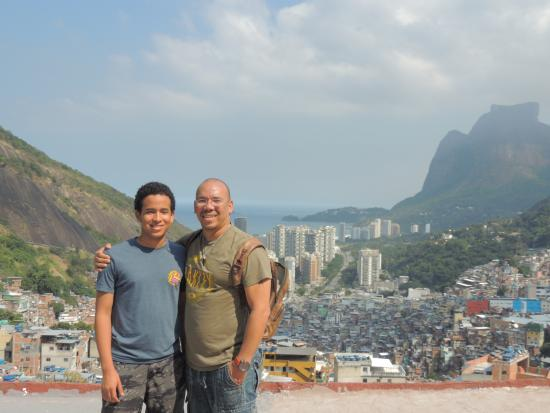 Exotic Tours: En la parte superior de la favela