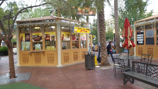 Town Square Las Vegas Diffe On My Third Day In I