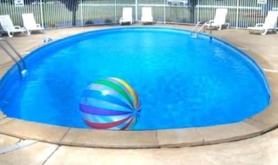 Monticello, Индиана: Pool