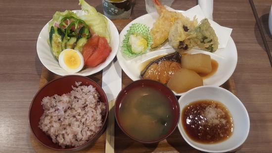L&C Kitchen Koyanagi