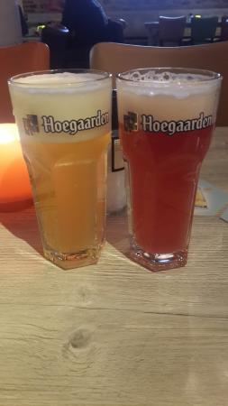 Kouterhof : Два бокала. Светлое и фруктовое