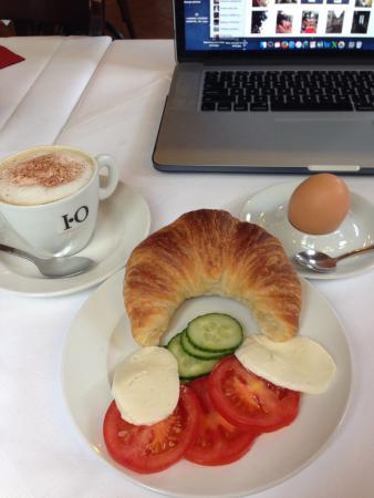 Hotel Schiller Freiburg: Nice breakfast buffet