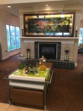 Hilton Garden Inn Solomons: photo0.jpg