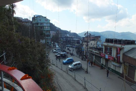Darjeeling Planters Club : Mall road