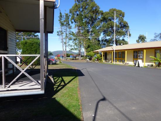 Dover, Australien: Entrance and office