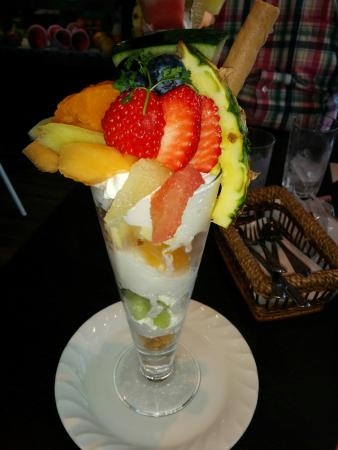 Carat Fruit Cafe
