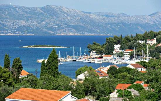Korcula Island, Croatia: Beautiful views of Lumbarda we enjoy on our wine tasting tours