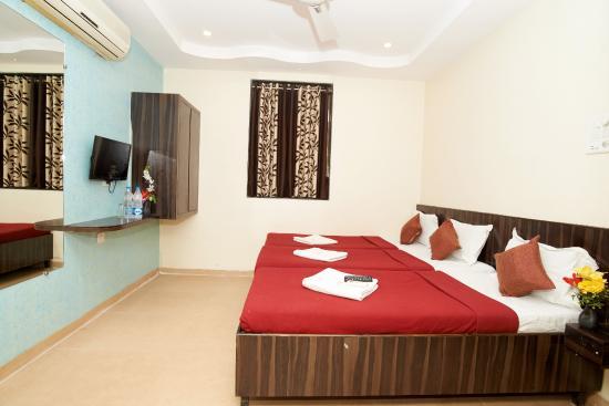 Hotel Shri Pushpanjali