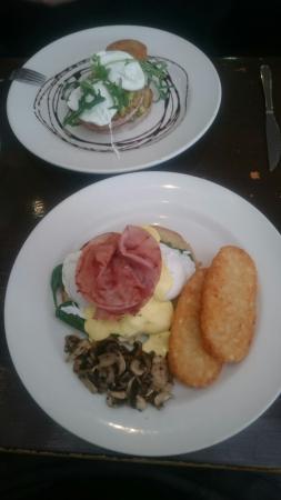 Lysanders Cafe