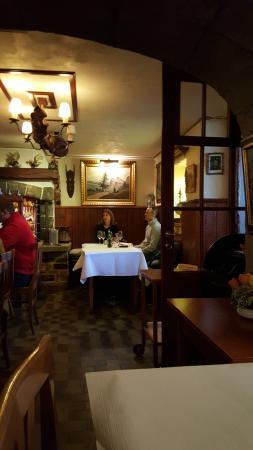 Dully, Schweiz: Inside view
