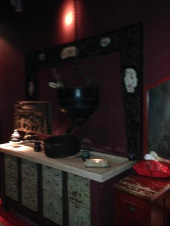 The Beautiful Old World Bathroom Picture Of Hutong Hong Kong