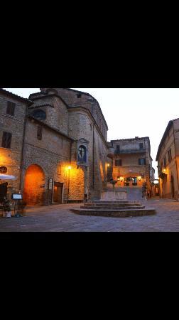 Castello di Gaiche : Local village Panicale